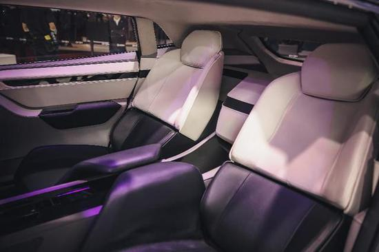 GYON在上海车展惊艳亮相高端电动汽车市场迎来挑战者