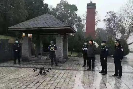 彭泽县公安局利用无人机开展空中巡查