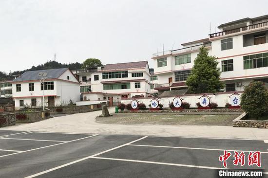 图为江西省吉安市青原区东固畲族乡六渡民族村。 高先长 摄