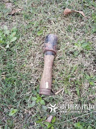 """村民挖出一颗手榴弹""""不识货"""":准备拿来舂辣椒"""