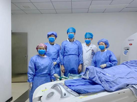 生命活水医疗集团首例ct引导下肺癌微波消融术