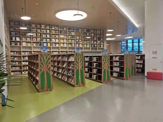 省图书馆新通知:少年儿童区实行限流管理 要线上预约