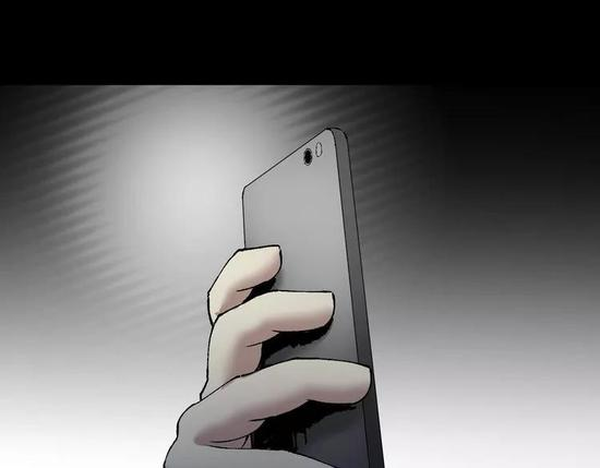 细思极恐!一部躺平放在桌子上的手机可能正在偷拍你