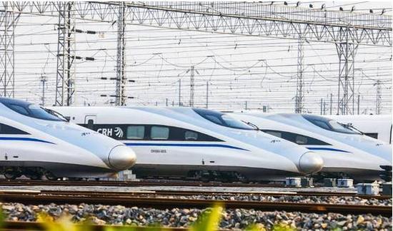 其走向是:北京-衡水-菏泽-商丘-阜阳-合肥(黄冈)-九江-南昌-赣州-深圳-香港(九龙)高速铁路。该线路就是京九高铁。