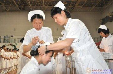 江西卫生专业技术人员明年起统考 服务期不少于5年