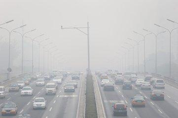 江西发布大雾黄色预警 南昌等地大雾将持续4小时