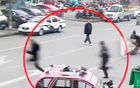 50岁警察狂追1公里累瘫年轻逃犯:等他没力气了再抓