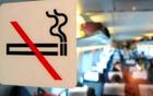 躲厕所也不行 大叔高铁内吸烟被拘留并限购火车票