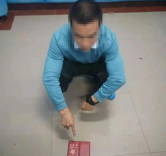 自称某军区政治部副部长 男子冒充军官招摇撞骗被拘留