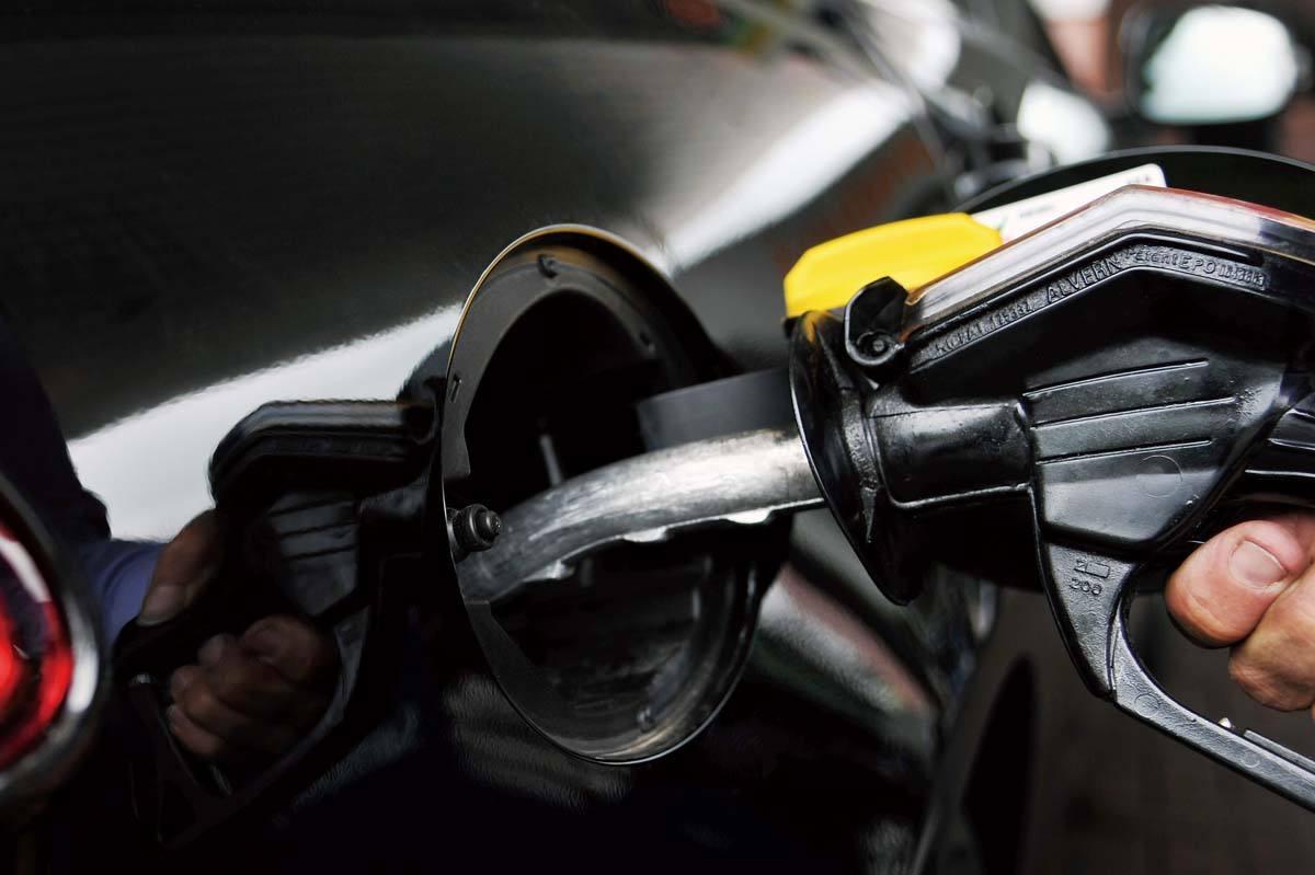 江西92号汽油每升涨0.06元 加满一箱将多花费约3元