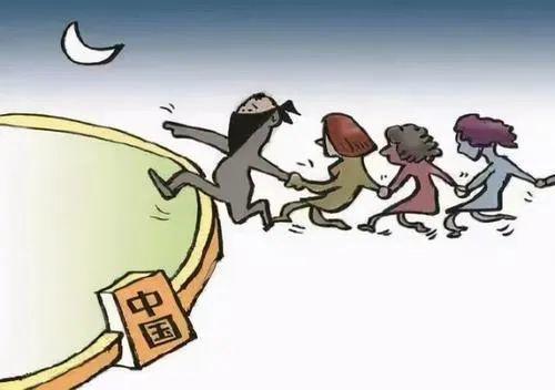 涉疫情!11名外国女子非法进入赣州 幕后黑手已刑拘