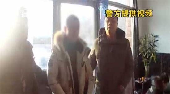 男子驱车1200公里盗窃皮草大衣 竟是为了报复