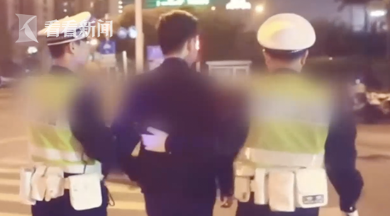 """男子酒驾肇事逃逸 为掩盖事实竟一头""""扎进""""KTV"""