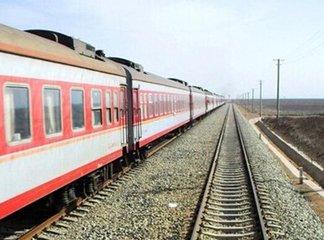 南昌车站增开旅客列车68列 应对返程客流高峰