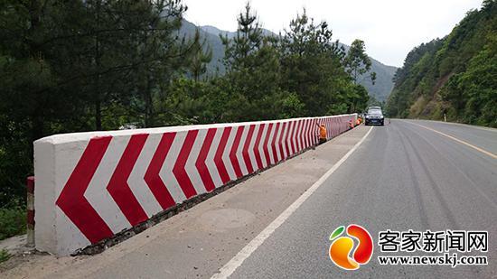 砌防护墙80米!G323线于都路段两处隐患消除