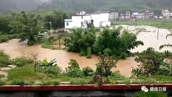 △上犹县油石乡梅岭村部分地区被淹