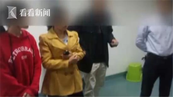 男童在幼儿园被开水烫伤 孩子:老师推我进水桶