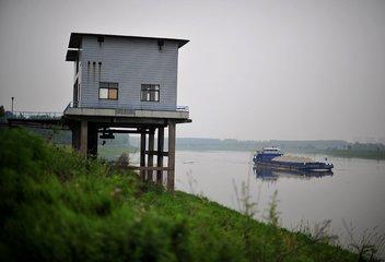 南昌2水厂取水口存环境风险 水务局:年底前整治到位