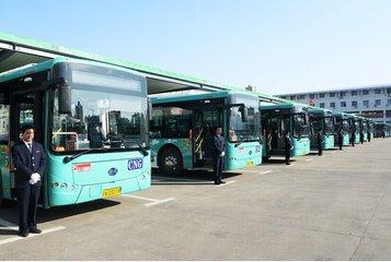 南昌罗家镇首座公交停车场正式启用