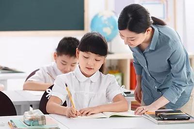 南昌减轻中小学生课外负担 违规举办竞赛活动将严查