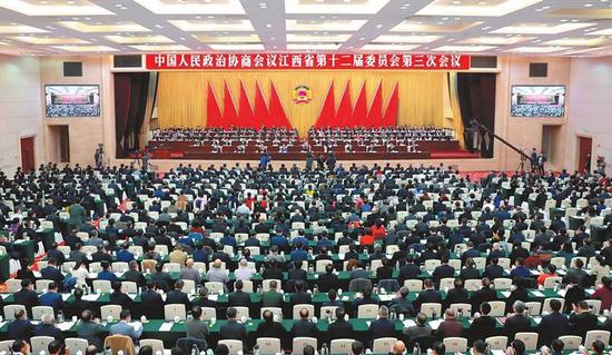 1月14日,中国人民政治协商会议江西省第十二届委员会第三次会议在南昌开幕。本报记者海波摄