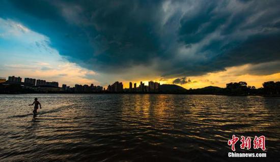 强降雨和强对流双双登场 未来5天江西维持阴雨天气