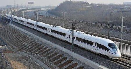 南铁加开春运旅客列车133对 升级进出站检票功能