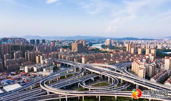中信银行加大贷款投放 助力制造业高质量发展