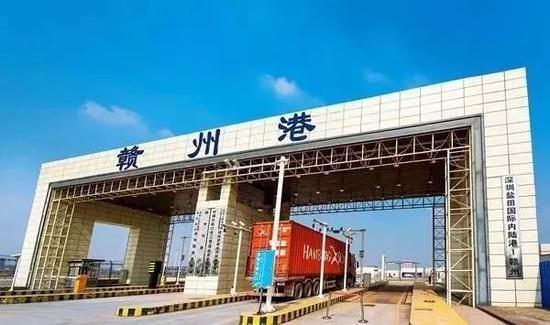 (一)明确港口资源整合主体。