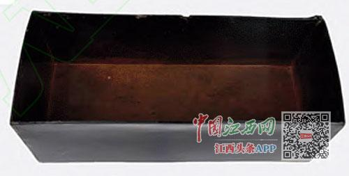 刘贺墓中出土的木质漆盒