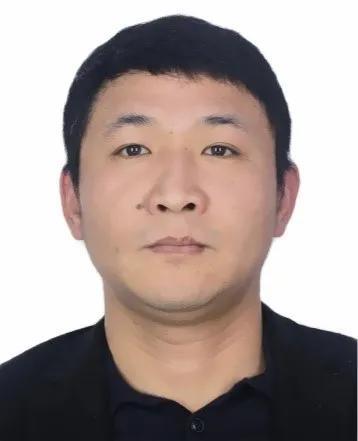 上饶市公安局公开征集郑聪等人违法犯罪线索
