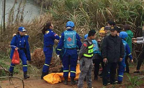 救援队的搜救现场 网友供图