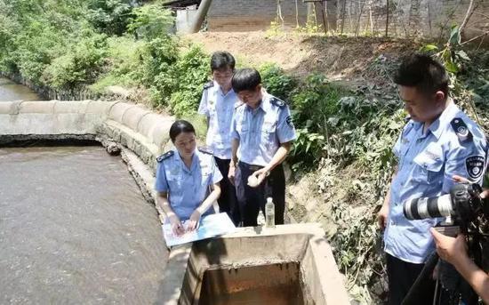 图片选自景德镇市生态环境局监察支队执法检查