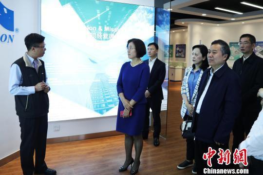 江西赴广东东莞招商引资 签约9.67亿美元合作项目