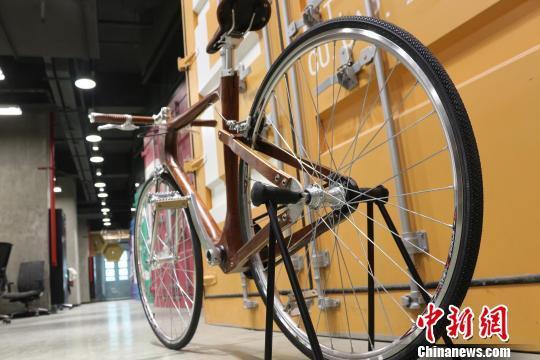 自行车制动系统为皮带传动。王昊昊摄