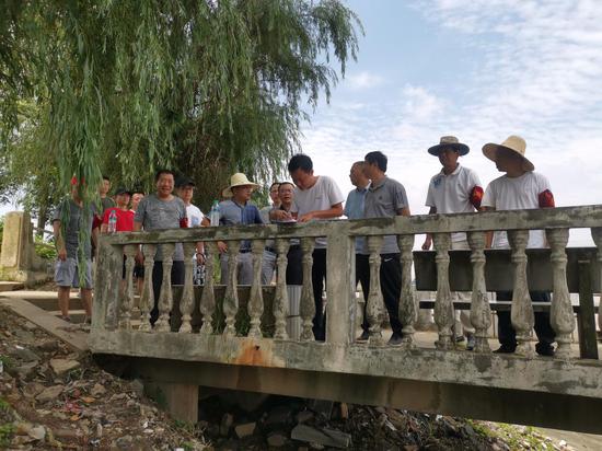青山湖区:防汛一线的纪检监察尖兵