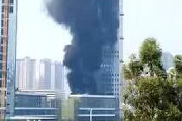 赣州中创国际发生火灾 现场浓烟滚滚(图)