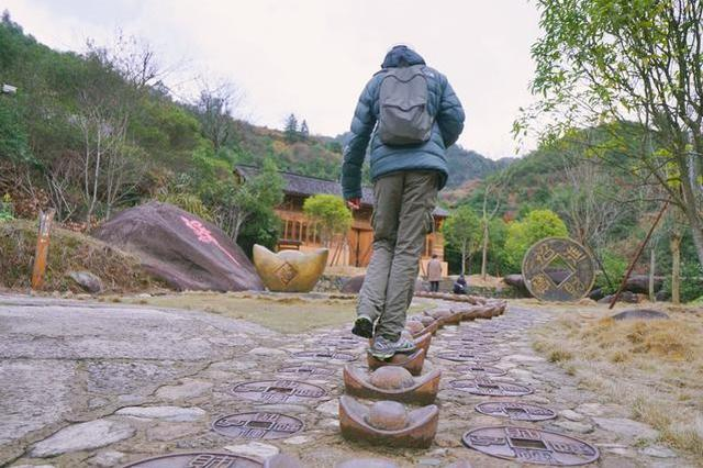 这是中国最有哲理的一条峡谷,走过一趟,你就知道该怎么做人了