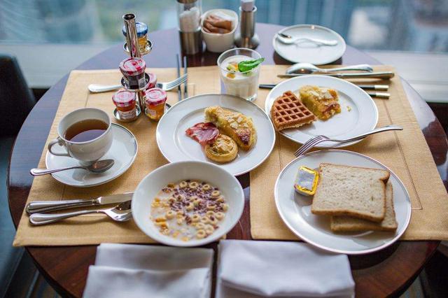 """营养早餐""""三要三不要"""" 辰时吃早餐养胃气"""