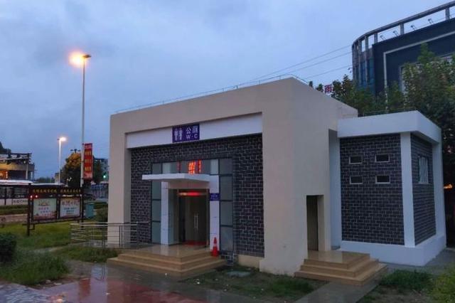 南昌红谷滩新区今年开放公厕不少于170座