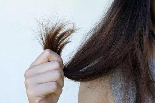 """头发会给你发出这6个健康""""警报"""" 千万别忽视它"""