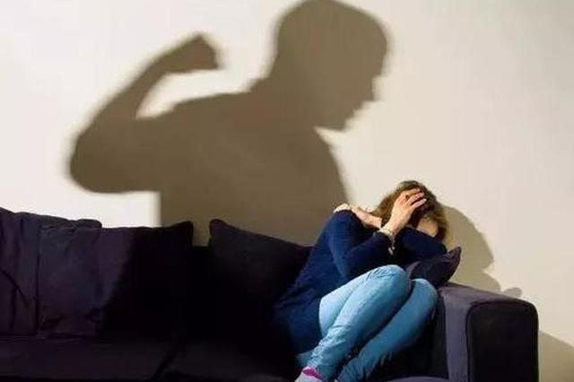 男子违反人身安全保护令对妻子再施暴 被司法拘留5天