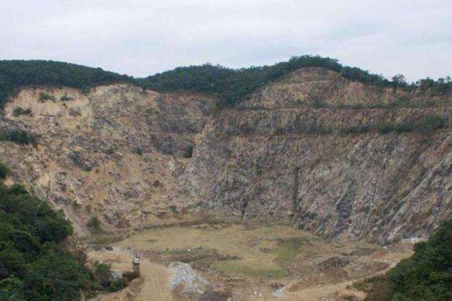 江西:2020年完成长江江西段废弃露天矿山修复