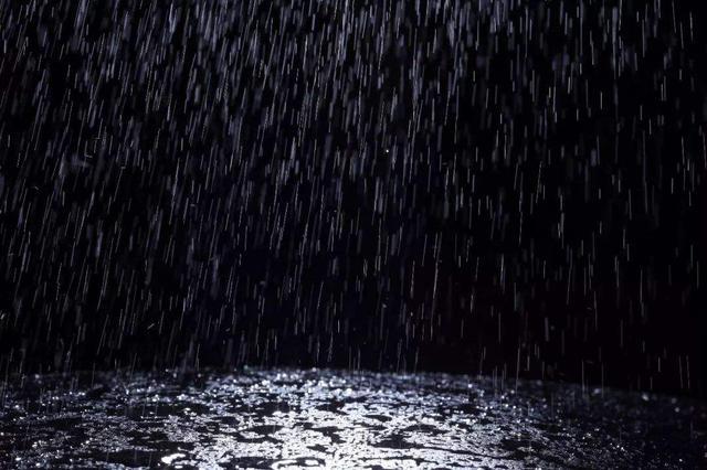 """小幅降温+局部降雨 今明南昌高温天气按下""""暂停键"""""""
