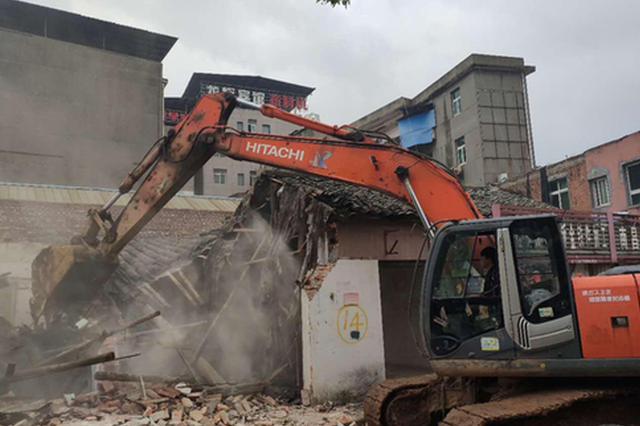 南昌青云谱区、南昌县2.7万平方米建筑开拆