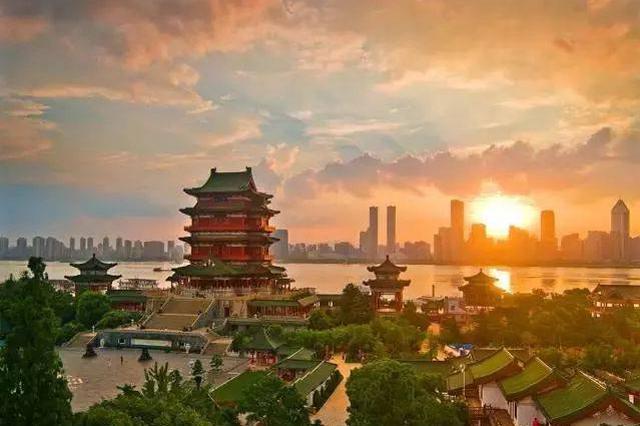 江西省党政代表团在上海安徽学习考察