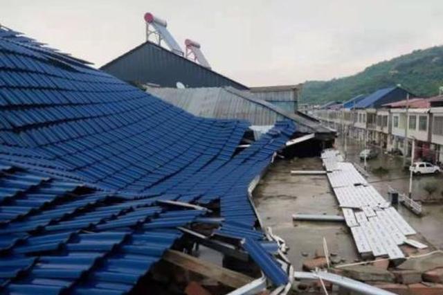 """江西""""雨热争锋""""环鄱阳湖地区或出现10级以上雷暴大风"""