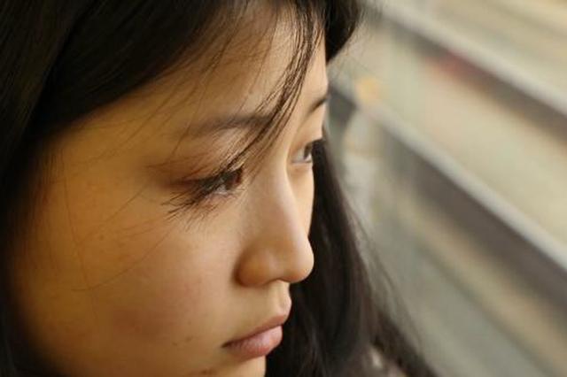 迟到的团聚:贫困山区女孩18年来第一次与妈妈过年