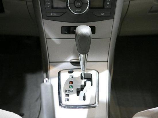 自动挡车使用常识 堵车时勿长时间挂D挡