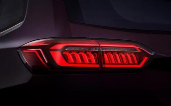 奇瑞瑞虎8 PLUS 全LED灯组造型抢眼